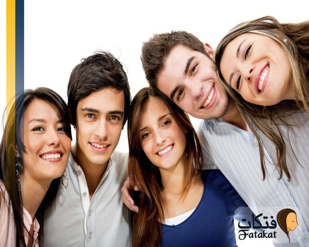 مراحل البلوغ عند الذكور والإناث
